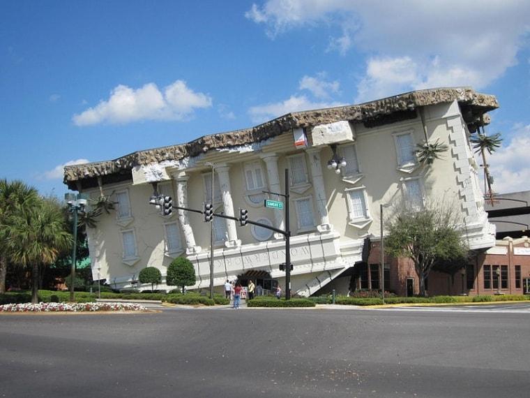 http://commons.wikimedia.org/wiki/File:WonderWorks_(Orlando,_Florida)_001.jpg