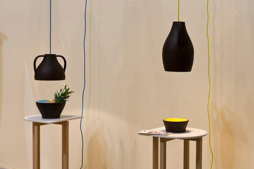 Balance Pendant di Viktor Legin di Studio Copper è la collezione di lampade posizionabili tramite un peso, che assume l'aspetto di una scultura mobile,