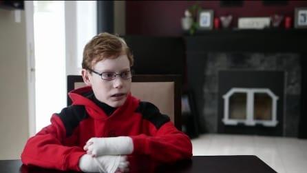 """Vive ogni giorno con incredibile dolore. La storia del """"ragazzo farfalla"""""""
