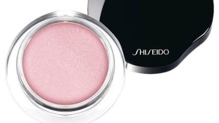 Viola e rosa, i colori per il make up della primavera 2015