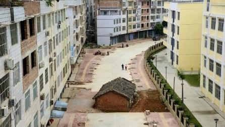 Cina: ecco l'esercito di case che si oppongono alle ruspe