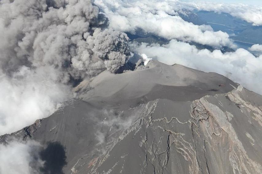 Il vulcano è eruttato il 23 aprile dopo quasi 43 anni di silenzio.
