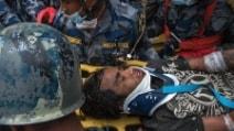 Terremoto in Nepal, estratto vivo dalle macerie un ragazzo di 15 anni