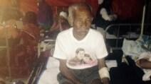 Nepal: sotto le macerie per 7 giorni, estratto vivo a 105 anni