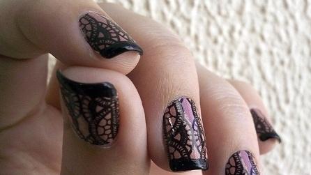 Le unghie ad effetto pizzo