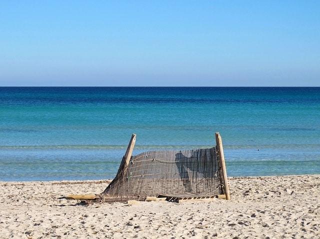 http://pixabay.com/en/playa-de-muro-mallorca-beach-sea-557258/