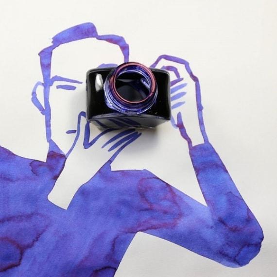La boccetta dell'inchiostro diventa una perfetta macchina fotogrfaica