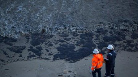 Disastro ambientale in California: oleodotto rilascia 80 mila litri di petrolio in mare