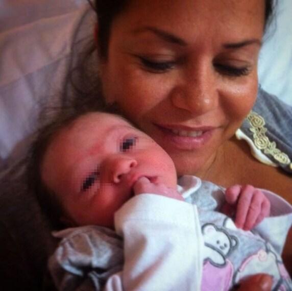 Ex concorrente del Trono Under (aveva avuto una storia con Italo Di Giovanni), ha avuto dal suo nuovo compagno Giuseppe una bimba, Ludovica, nata a mezzanotte del 10 luglio 2015.