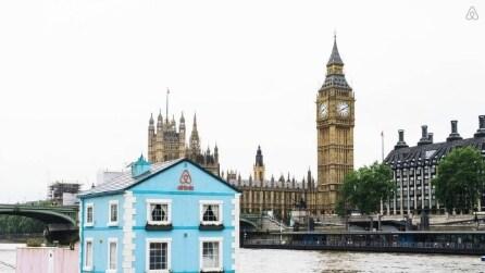 Airbnb: vivere Londra da una casa galleggiante sul Tamigi