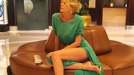 Che spacco! Alessia Marcuzzi, sexy look a Cannes
