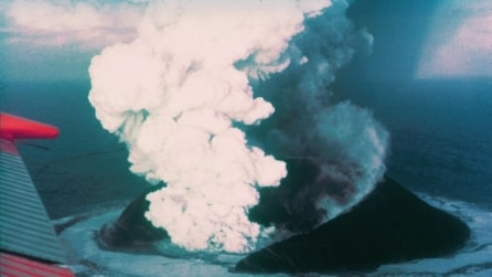 Giappone, l'isola nata dopo l'eruzione potrebbe svelare l'evoluzione della Terra