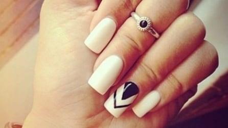 White manicure per l'estate