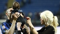 Wanda Nara e Mauro Icardi allo stadio con i bambini
