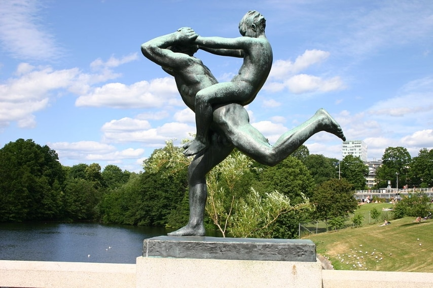 http://en.wikipedia.org/wiki/Gustav_Vigeland#/media/File:Statue_by_Gustav_Vigeland.jpg
