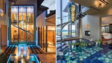 Vivere sott'acqua nella casa di lusso che sembra un acquario