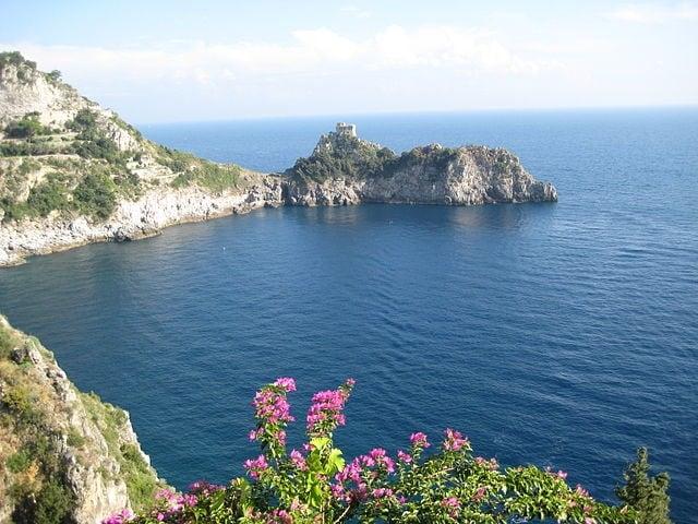http://commons.wikimedia.org/wiki/File:Amalfi_Coast_1.jpg