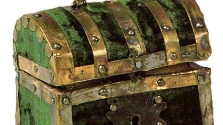 Un antico baule: cosa ti piacerebbe trovarci dentro? Il test che svelerà il tuo futuro