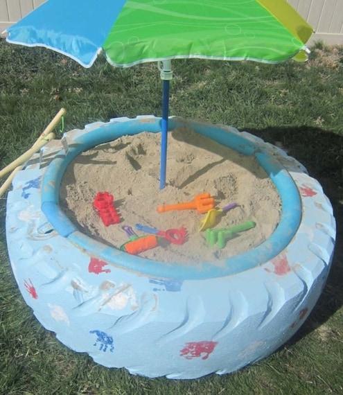 Una ruota gigante per un recinto di sabbia