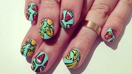 Fruit manicure: nail art estiva colorata e frizzante