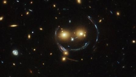 Le galassie che sorridono: la sorprendente foto del telescopio Hubble