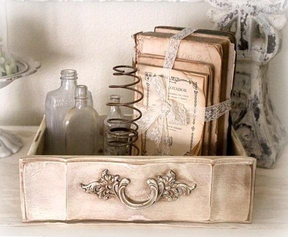 Il porta oggetti in stile vintage
