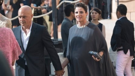 Luisa Ranieri e Kasia Smutniak in dolce attesa sfoggiano lo stesso abito Valentino