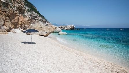 Le meravigliose cale della costa di Baunei (Sardegna)