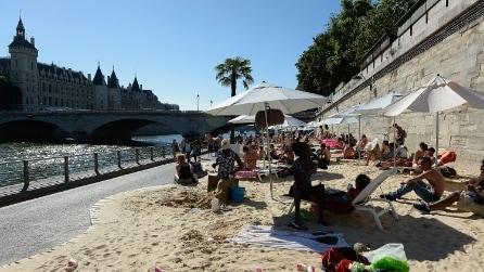 Parigi ha la sua spiaggia (anche senza mare)