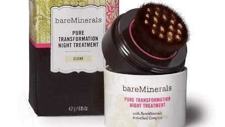 5 cosmetici che si prendono cura della tua pelle durante la notte