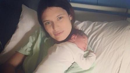 Bianca Balti diventa mamma per la seconda volta e mostra il cambiamento del suo corpo