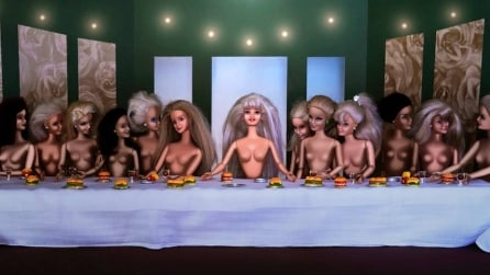 Barbie diventa protagonista delle opere d'arte: ecco il risultato