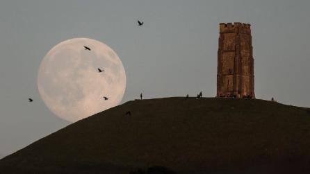 La luna blu: lo spettacolo sublime del nostro satellite