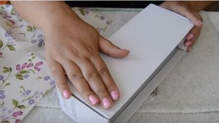 Con due semplici mosse, trasforma una scatola di scarpe in modo originale