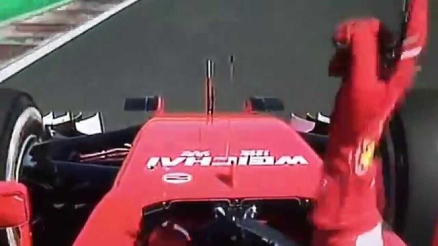 """""""Grazie ragazzi. Forza Ferrari, Forza Monza"""". Un ringraziamento di Vettel, ma forse anche un messaggio ad Ecclestone?"""