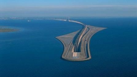 Øresund, il ponte sottomarino che collega la Svezia alla Danimarca