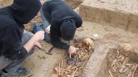 Francoforte, scoperti gli scheletri di circa 200 soldati dell'esercito di Napoleone