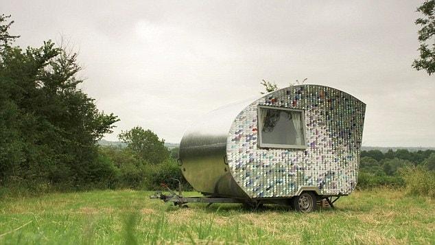 I costi per rimetterla a nuovo sono estremamente bassi grazie all'uso esclusivo di materiali riciclati!