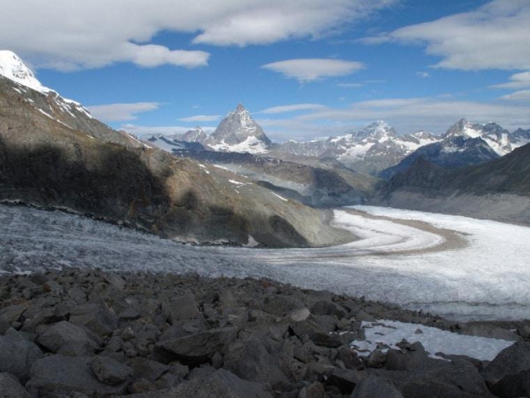 Riduzione dei ghiacciai sul monte Rosa. (Elma Okic / WWF)