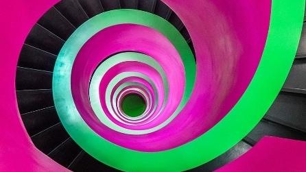 Mai viste di simili? Ecco le scale a chiocciola più affascinanti del mondo