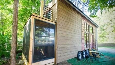 Una piccola casa mobile: non immaginerete mai cosa nasconde all'interno