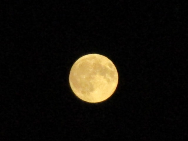 Sequenza dell'eclissi (dalla nostra utente Maura da La Spezia)