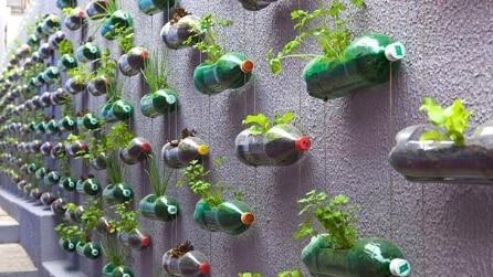 Quello che si può realizzare con le bottiglie di plastica riciclate non ha limiti