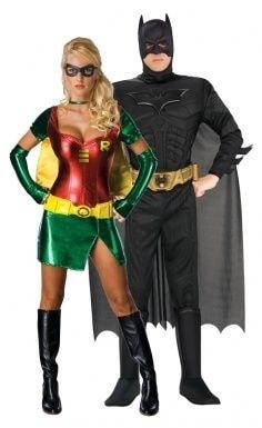 su Amazon: Batman http://fanpa.ge/sij5m e Robin http://fanpa.ge/jO5Wd
