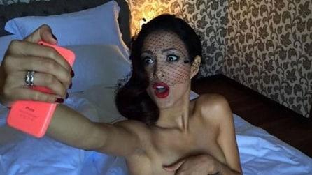 Mariana Rodriguez e le foto social dal backstage del calendario 2016 di For Men