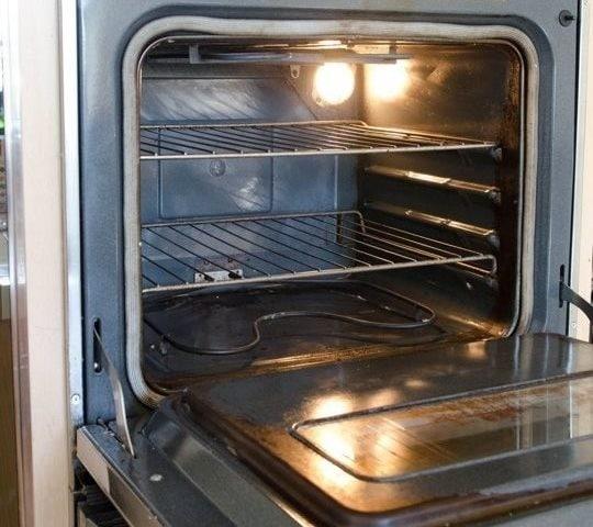 Il giorno dopo il vostro forno sarà come nuovo!