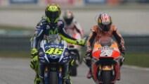 MotoGp, Pedrosa vince a Sepang. Rossi sul podio penalizzato per la manovra su Marquez