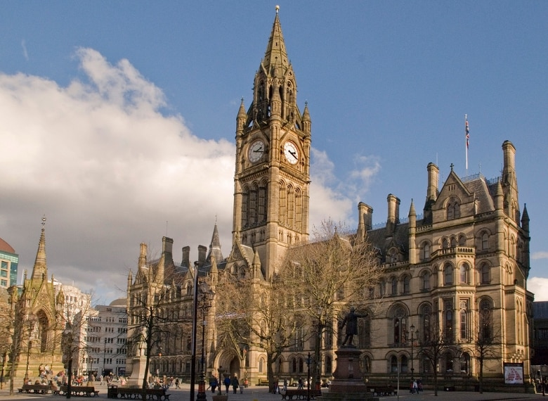 https://en.wikipedia.org/wiki/Manchester#/media/File:Manchester_Town_Hall_from_Lloyd_St.jpg