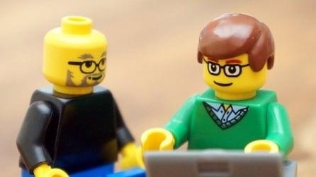 Zuckerberg, Jobs e altri protagonisti del settore tech ricreati con i mattoncini LEGO