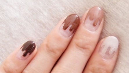 Chocolate manicure